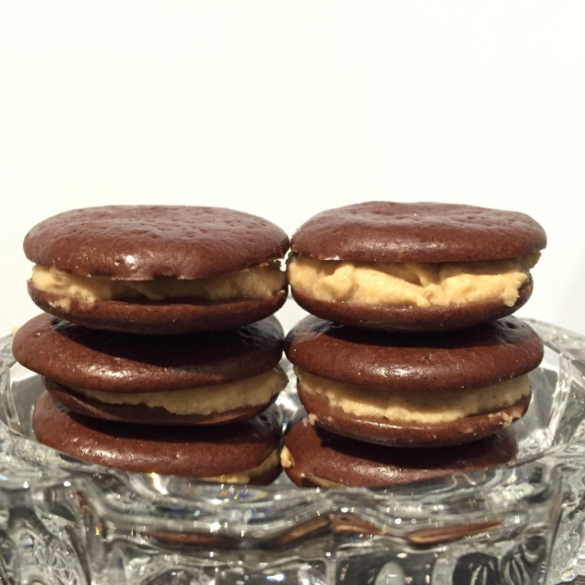 Chocolate protein whoopie pies with peanut filling! | my ...